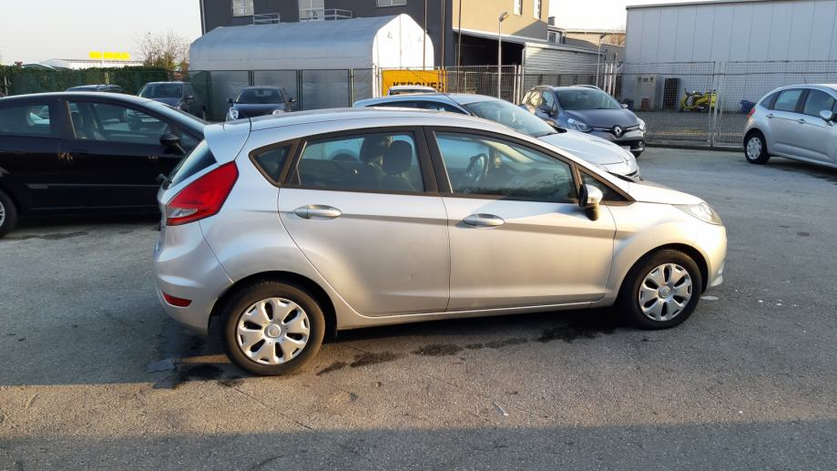 ford-fiesta-1.6-dci-bluetoot-2010g-slika-125269609