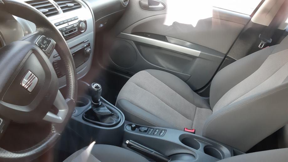 seat-leon-1.6-tdi-grijani-sicevi-al-felge-slika-125269944